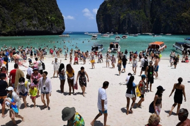 Thailand issues guidelines to welcome back foreign tourists from October